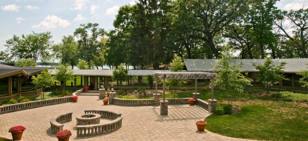 Lake Lawn resort in Lake Delavan WI